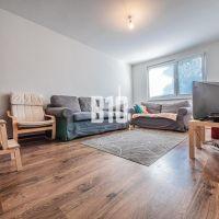 3 izbový byt, Bratislava-Dúbravka, 76 m², Čiastočná rekonštrukcia