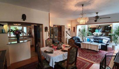 Na predaj zaujímavý 8 izbový rodinný dom Jakabova ul. Bratislava - Ružinov