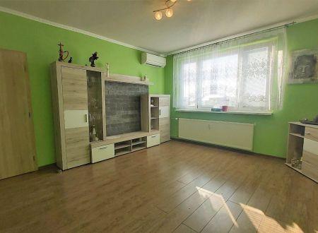 3 izbový byt Topoľčany - balkón - klima - rekonštrukcia