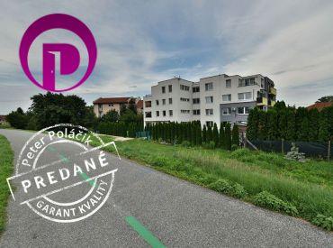 PREDANÉ - 2i byt, 52 m2 – Dunajská Lužná:  novostavba, balkón, dunajská hrádza hneď za domom, IHNEĎ VOĽNÝ