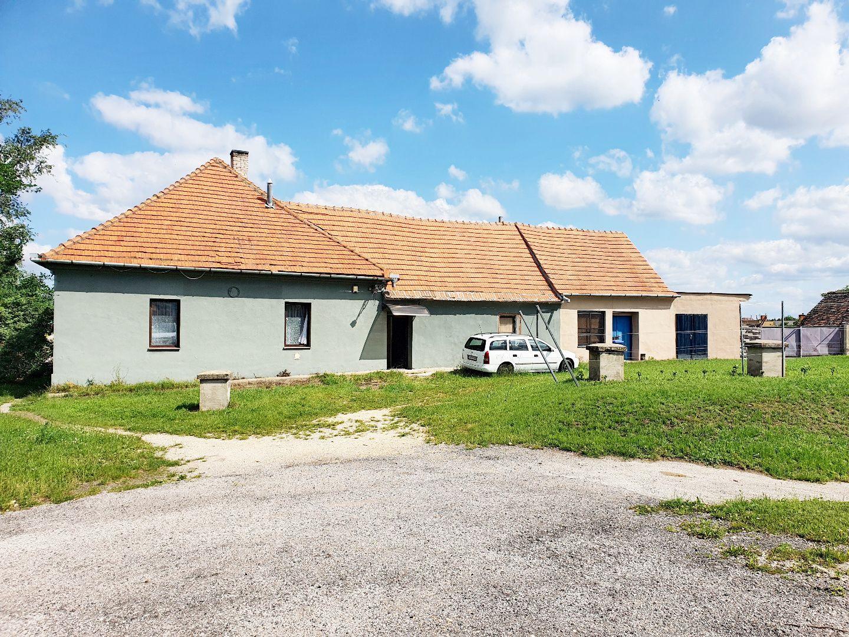 Reštaurácia-Predaj-Holíč-90000.00 €
