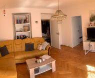 2 izbový byt v centre s balkónom - REZERVÁCIA
