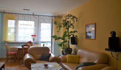 NA PREDAJ - pekný 4 izb. byt v BA Karlova Ves - Púpavová ul.