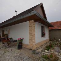 Rodinný dom, Veľké Turovce, 106 m², Kompletná rekonštrukcia