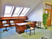 Kancelárie 133m2 v centre mesta Lučenec