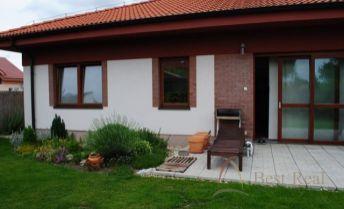 Best Real - predaj rodinného domu v obci Miloslavov časť Alžbetin dvor, len kúsok od Bratislavy.