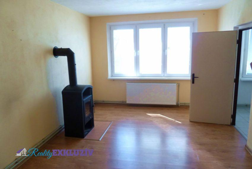Predaj 3 izbový byt Sklabiná-1