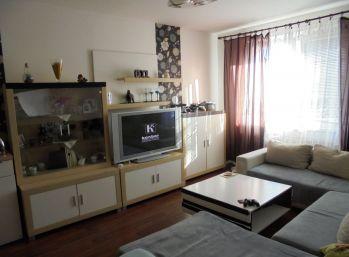4-i byt,72 m2 čiastočná rekonštrukcia, v zrekonštruovanom  ZATEPLENOM bytovom dome -REZERVOVANÉ