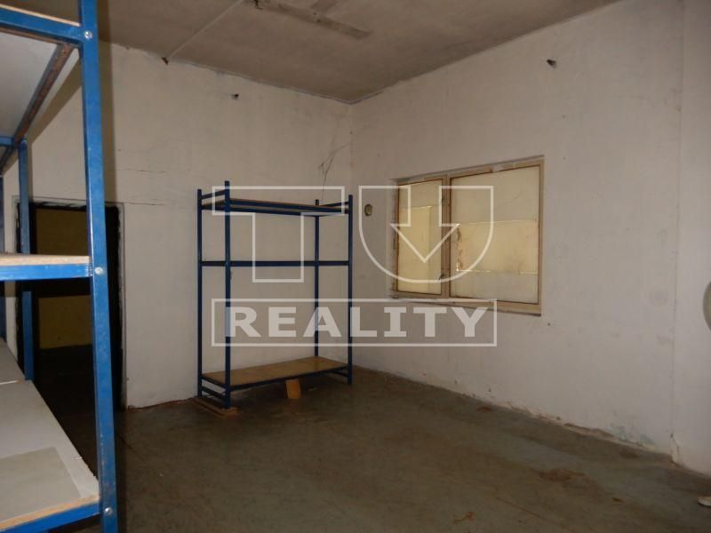 Na predaj priemyselný areál v Bytči o rozlohe 12 000 m2. CENA: 1 000 000 €