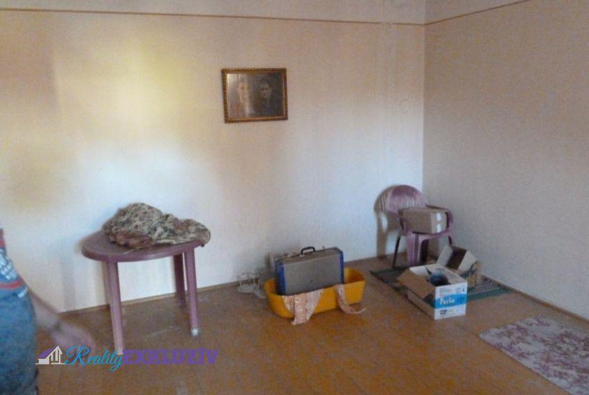 Predaj Rodinné domy Radzovce-5