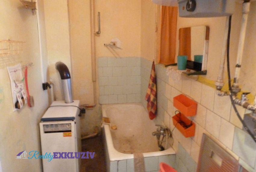 Predaj Rodinné domy Radzovce-8
