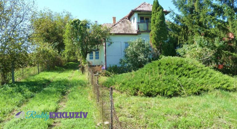 Rodinný dom na predaj Ďurkovce, v peknej prírode.