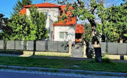 PRENÁJOM  5 izb priestranný RD vhodný aj na kancelárie Prievoz Ružinov EXPIS REAL