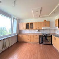 3 izbový byt, Martin, 69 m², Čiastočná rekonštrukcia