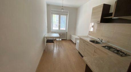 Prenájom čiastočne zariadeného 1 izbového bytu -  Trenčín 28. októbra