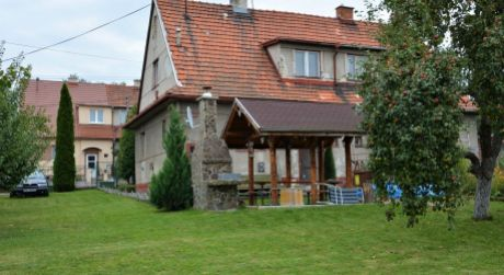 Ponúkame Vám na predaj 3 izbový rodinný dom, 631 m2, Handlová