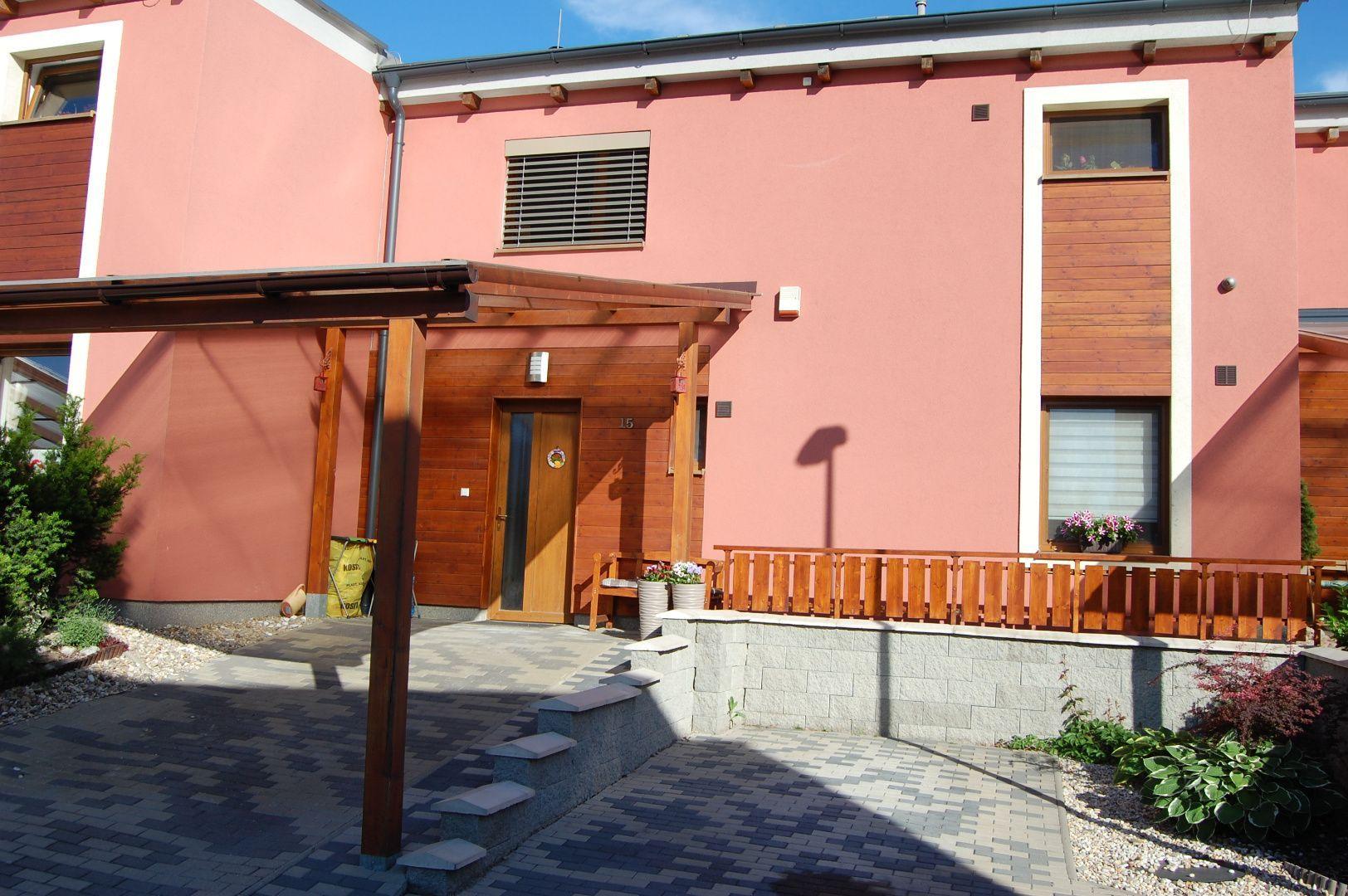 Rodinný dom-Prenájom-Košice - m. č. Dargovských hrdinov-1100.00 €