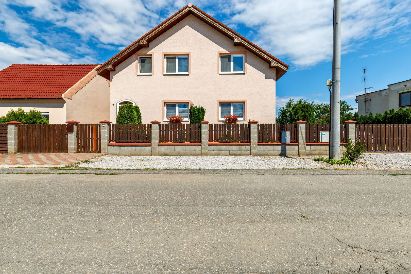 Rodinný dom-Predaj-Ivanka pri Dunaji-386900.00 €