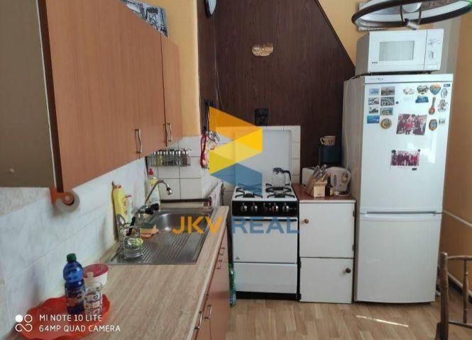 2 izbový byt - Podbrezová - Fotografia 1