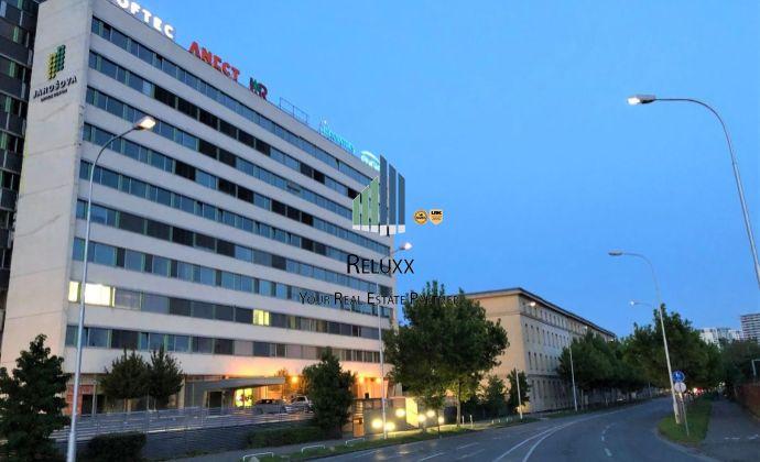 BA III Jarošova 1 OFFICE CENTER prenájom 369,75 m2 kancelársko obchodných priestorov