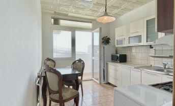 Na predaj 3 izbový byt Kopanice v Prievidzi, 72 m², 5.p./7.p., Ul. Na karasiny