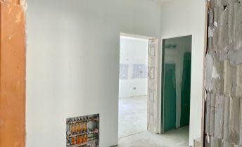 Rezidencia Zadná, 3 izbové mezonetové byty s vlastným pozemkom, Prievidza