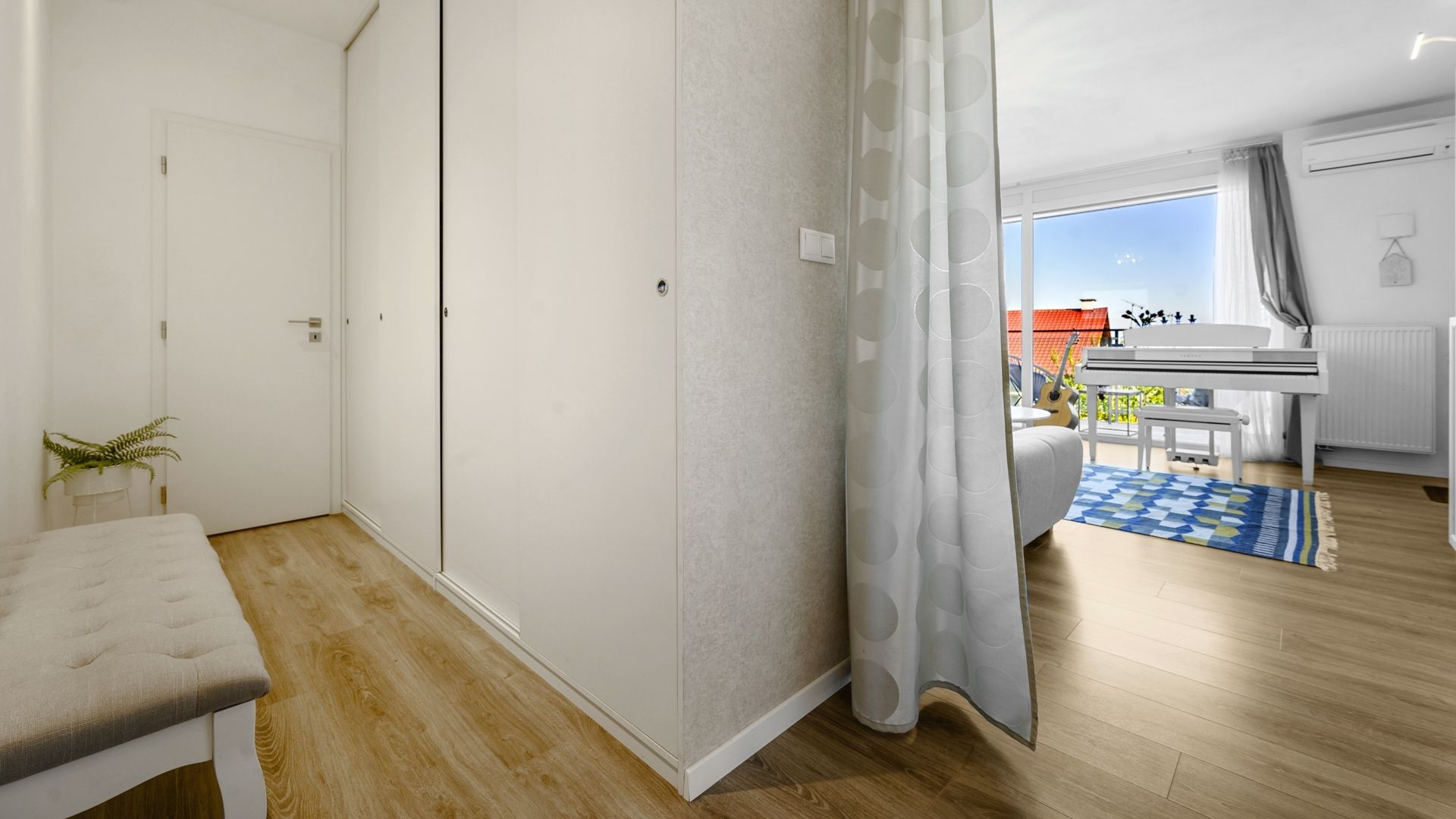 3D OBHLIADKA: Krásny 3 izbový byt na Kolibe s výhľadom na Bratislavu