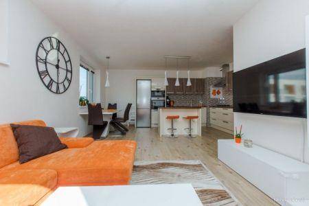 Nová cena ! IMPEREAL 3 izbový byt (energ. cert. A) s garážovým parkovacím miestom, Martina Granca