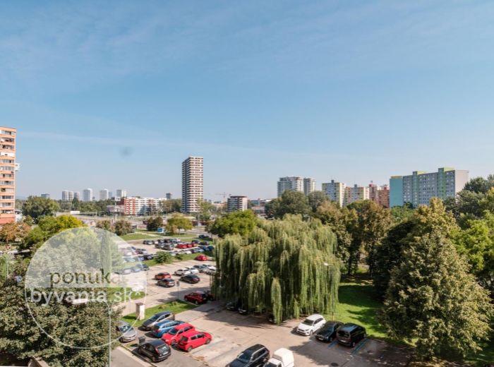 PREDANÉ - JUNGMANNOVA, 2-i byt, 53 m2 - CENTRUM na dosah, REKONŠTRUKCIA, Sad Janka Kráľa, ELEKTRIČKA, Aupark