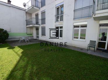 Prenájom 3-izbový byt  s veľkou záhradou na Vysokej ulici, Bratislava-Staré Mesto.