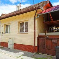 Rodinný dom, Bánovce nad Bebravou, 90 m², Čiastočná rekonštrukcia