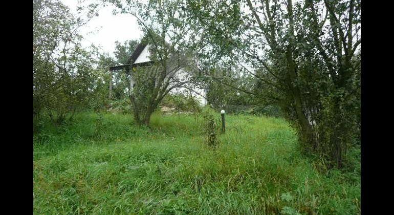 Kendice na predaj pozemok s murovanou chatkou