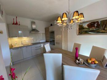 Predaj luxusný 3 izbový byt Wilsonovo n., 2x balkón, garáž v cene.