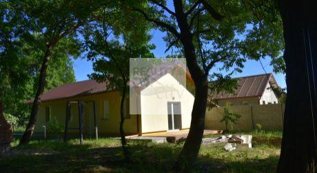 4 - izbový nízkoenergetický rodinný dom  85 m2 obytná plocha, pozemok 430 m2 obec Marialiget - Hegyeshalom