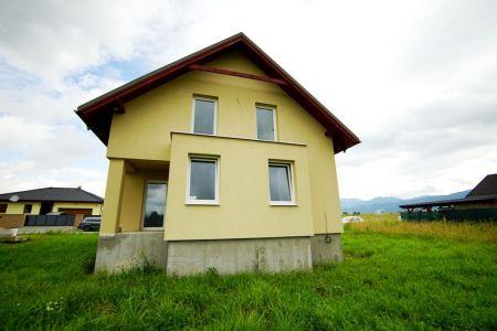 Poschodový 4 izbový murovaný dom - novostavba, Turčianske Teplice