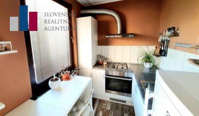 REZERVOVANÉ: EXKLUZÍVNE na predaj moderný 1 izbový byt, 2./9 podlažie, loggia, výťah, Dúbravka - Bazovského ul.