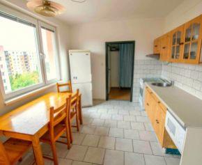 N001-113-MAV Výhradne u nás ! - Na predaj 3,5-izbový byt Nitra, Golianova ulica
