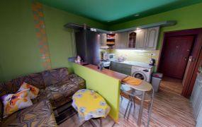 Na predaj komplet zariadený 1 izbový byt, 38 m2, kompletná rekonštrukcia, Dubnica nad Váhom - Sväzarm.