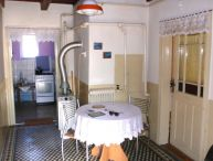 REALFINANC - Ihneď obývateľný 3.- izb. rodinný dom, čias. rekonštrukcia, vl. studňa, garáž, tichá bočná ulička, obec Šúrovce cca 10 km Trnava