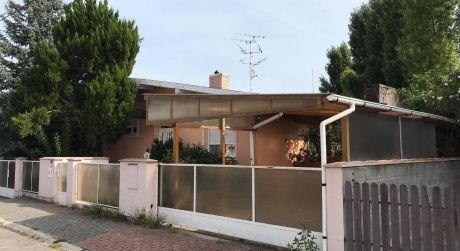 EXKLUZÍVNY PREDAJ! - 4 izbový rodinný dom postavený v roku 1987 v Novej Stráži