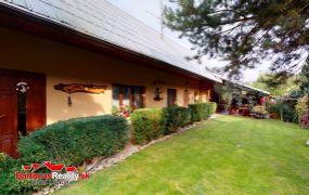 Na predaj krásny a veľmi zaujímavý rodinný dom v obci Trenčianska Teplá