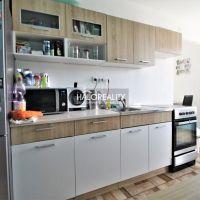 3 izbový byt, Kolíňany, 72 m², Čiastočná rekonštrukcia