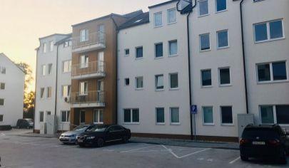 Na prenájom 1*izb. byt s balkónom a parkovacím  miestom Malacky