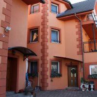 Nájomné domy, 1 m², Kompletná rekonštrukcia