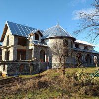 Rodinný dom, Bušince, 466 m², Novostavba