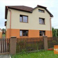 Rodinný dom, Horné Zahorany, 354 m², Kompletná rekonštrukcia