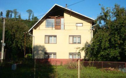 Dvojpodlažný RD s 2 samost. bytovými jednotkami v Michalovej