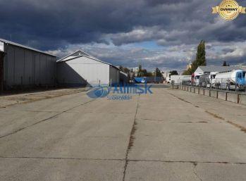Parkovacie miesta na prenájom v uzavretom areáli v Galante