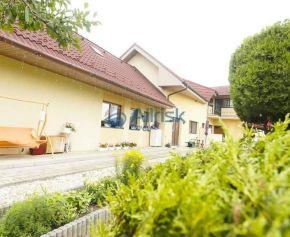 Veľký viac generačný rodinný dom v blízkosti Piešťan