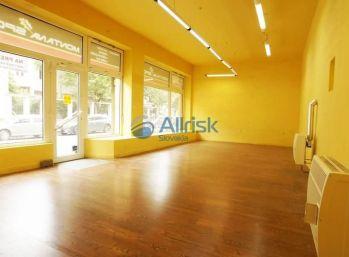 Prenájom - obchodné priestory/ kancelária v centre Piešťan